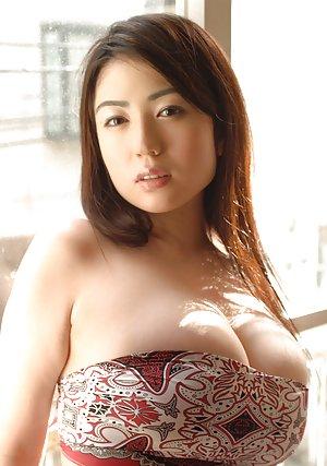 Sexy Asian Big Tits