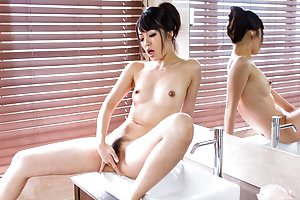 Sexy Asian Fingering
